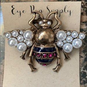 Jewelry - Jeweled Bumblebee Pin